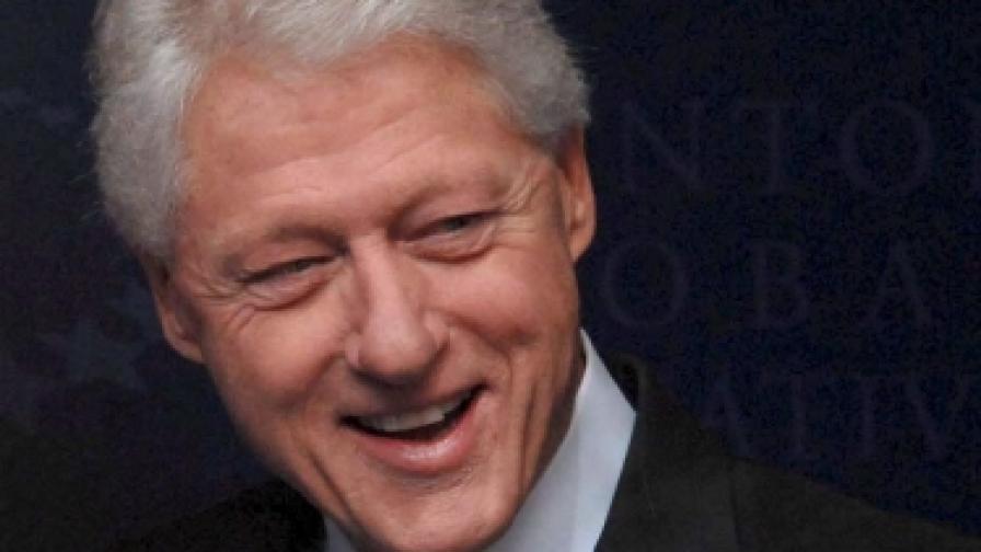 """Бил Клинтън: """"Първи джентълмен"""" или """"бивш президент"""""""
