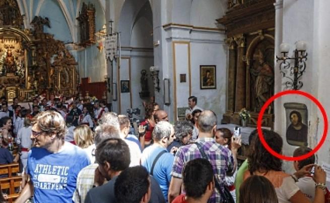 Испанската баба, която съсипа ценна фреска, иска процент