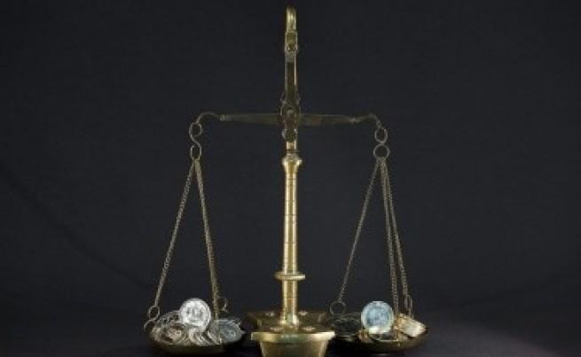 Икономисти: Бюджет 2013 е балансиран