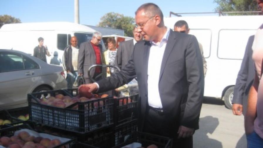 Станишев: Найденов е министър на поскъпването, не на храните
