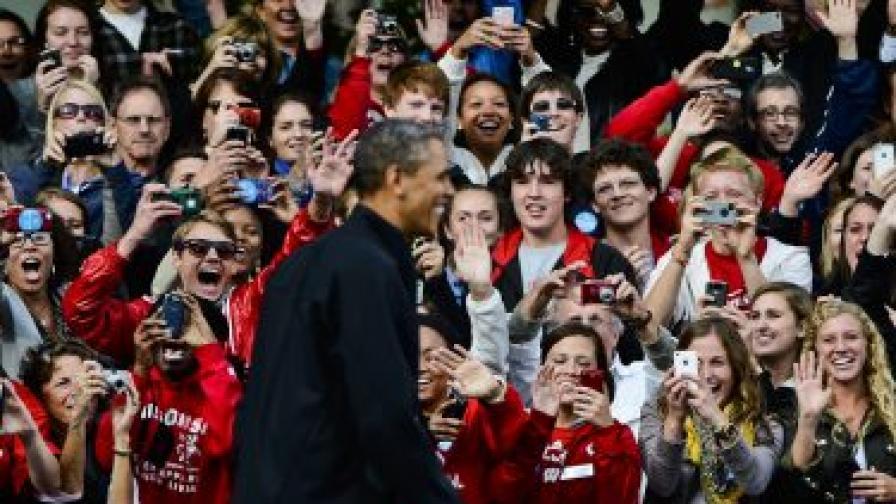 Обама се майтапи с кандидата Ромни