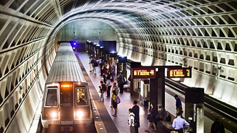 Плакати в метрото предизвикаха скандал в САЩ