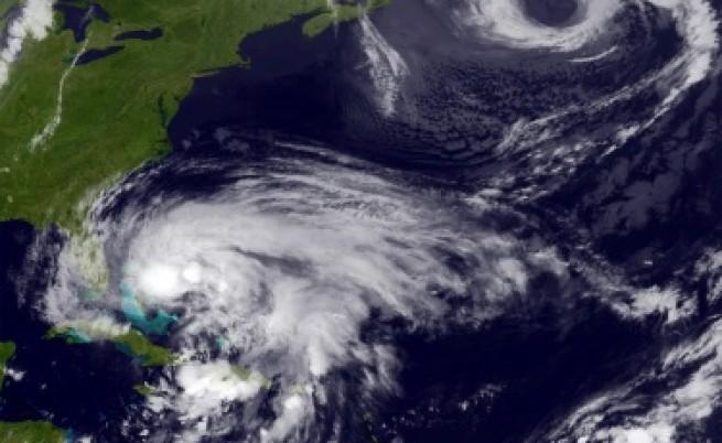 Евакуират 375 хиляди души от Ню Йорк заради урагана Санди