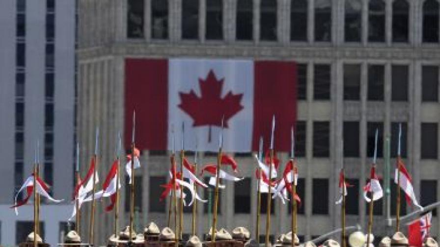Канада чака около 250 хил. имигранти