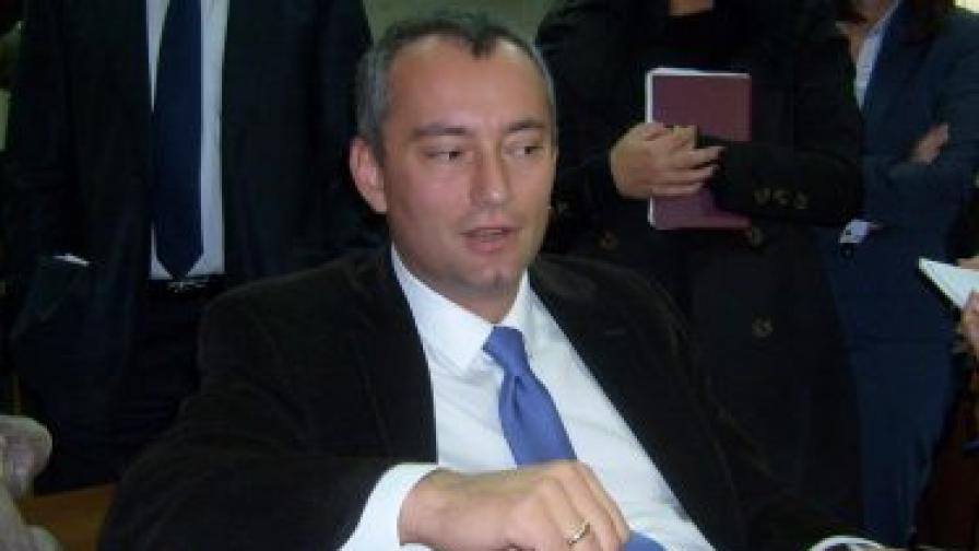 Министър Н. Младенов: Процесът в Малайзия е в ръцете на адвокатите