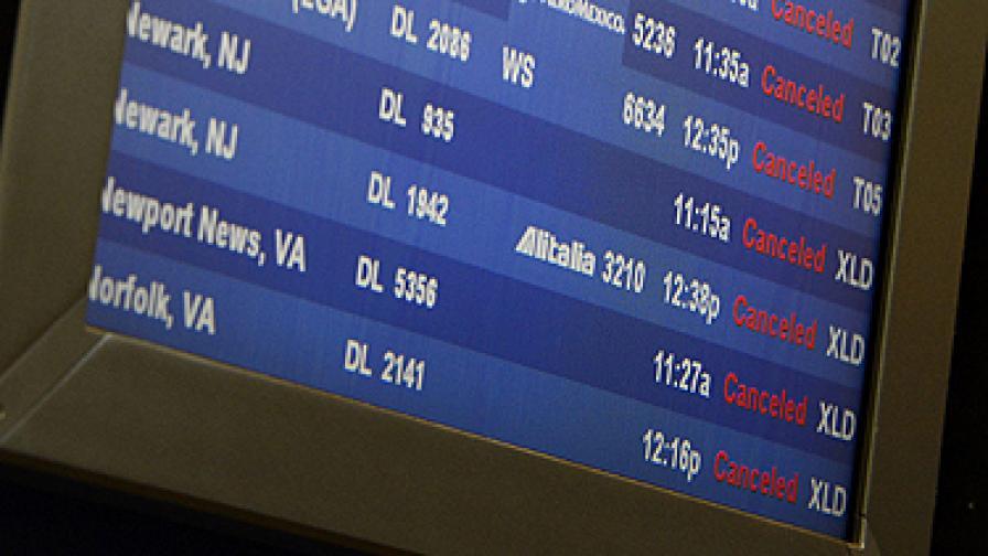 Отмениха част от полетите до Ню Йорк заради новата буря