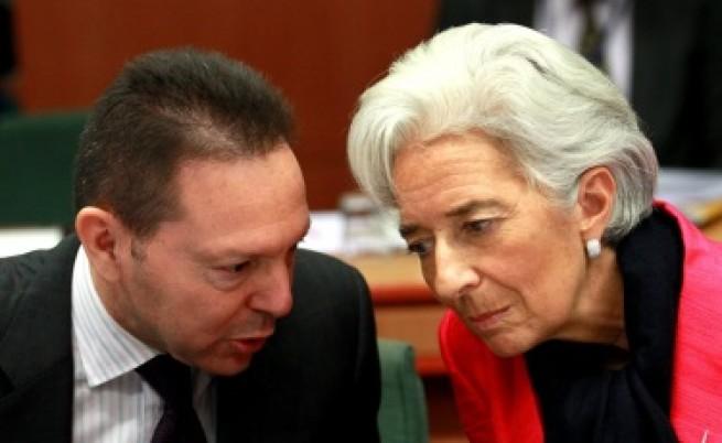 Две години отсрочка за дълговете на Гърция