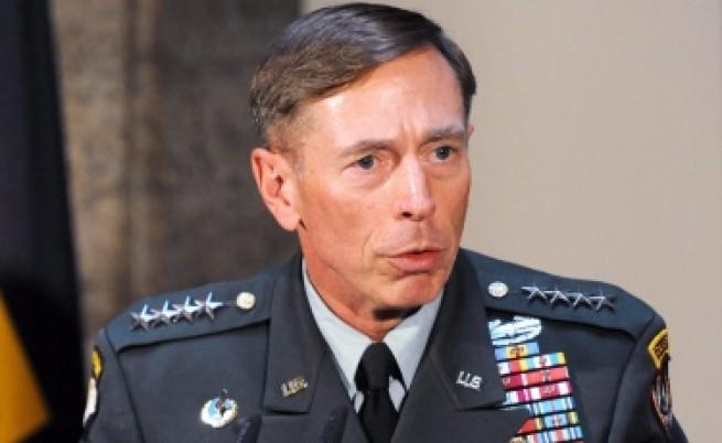 ЦРУ е започнало разследване на бившия си шеф