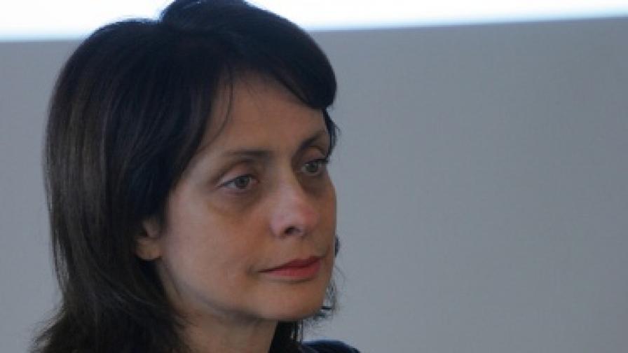 Надежда Нейнски напуска СДС след 21 години