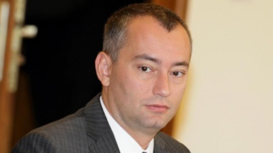 Николай Младенов: СДС не отигра добре подадената му топка