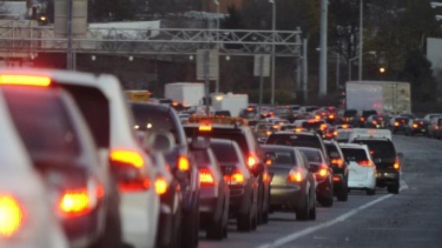 Канада: Двойно по-икономични коли до 2025 г.