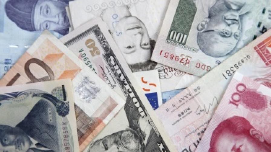 Заплатите по цял свят буксуват заради кризата