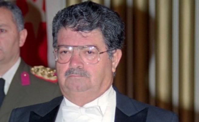 Експертите не успяха да установят причината за смъртта на турския президент Тургут Йозал