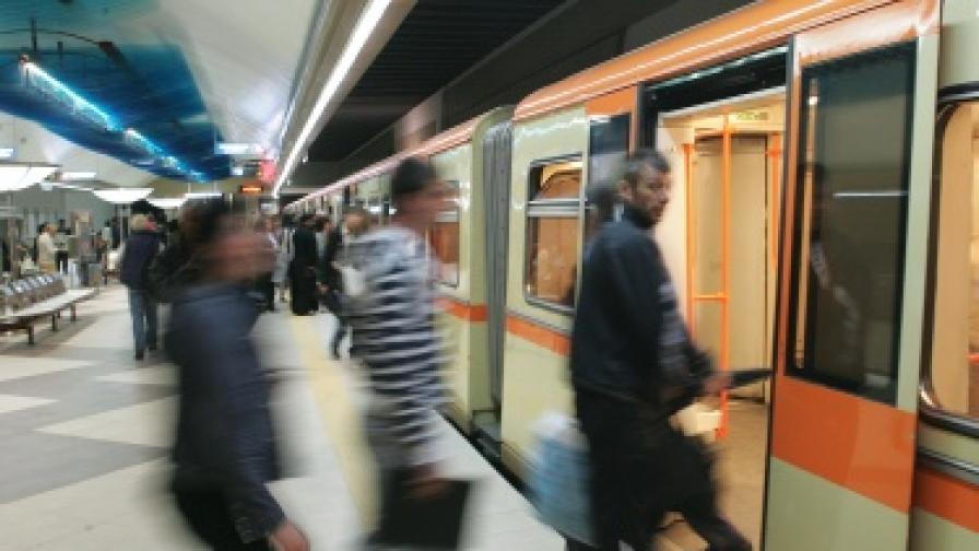 Столичният градски транспорт ще работи през новогодишната нощ