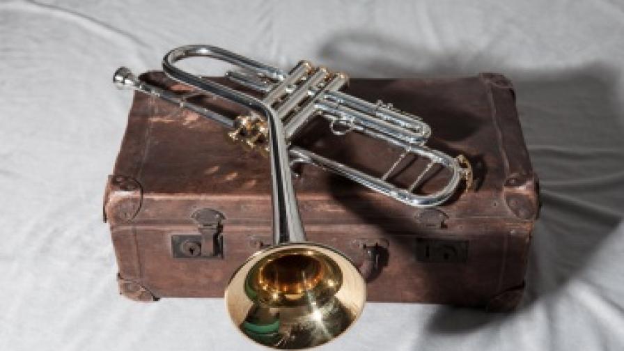 Кривият тромпет на Дизи Гилеспи на концерта на неговия бенд в София