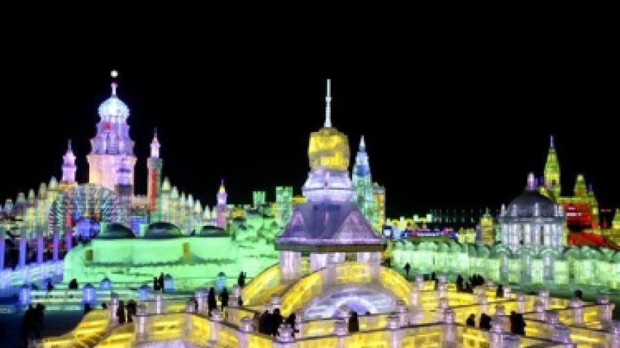 Най-големият фестивал на ледени скулптури в света