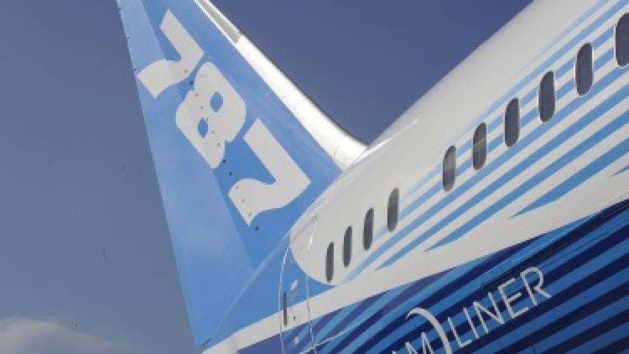 """САЩ и Индия също спряха полетите на """"Боинг 787"""""""