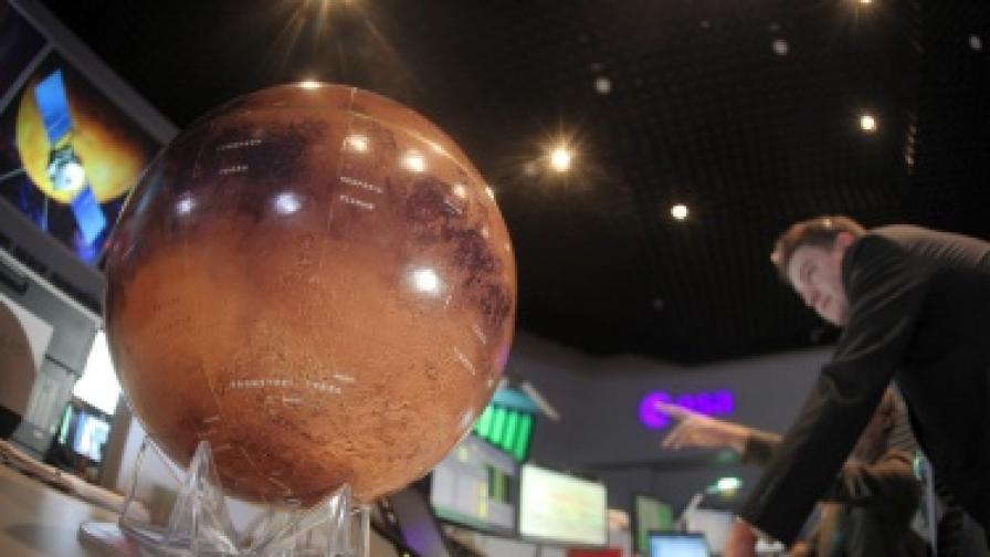 Заснеха речно корито на Марс