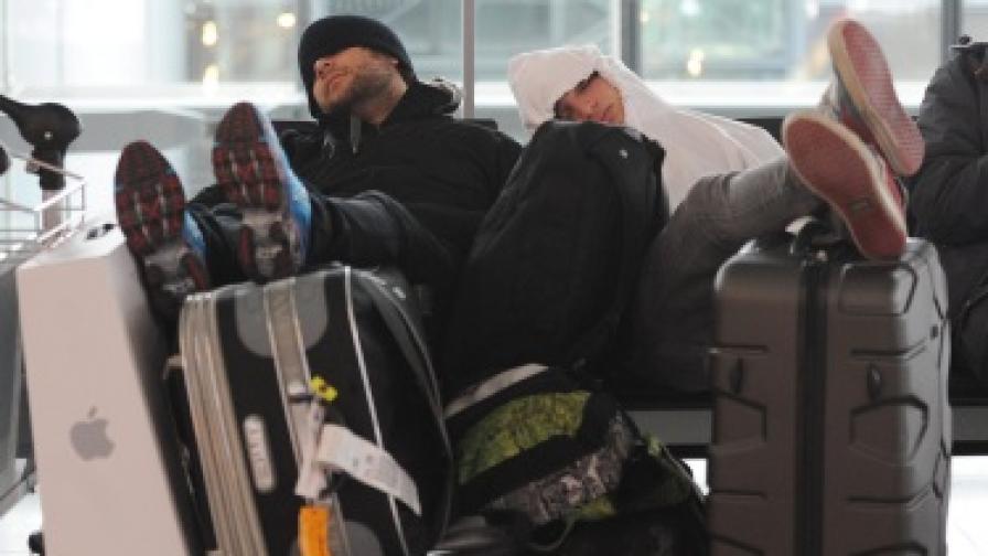 Виелици блокираха влакове и самолети в Европа