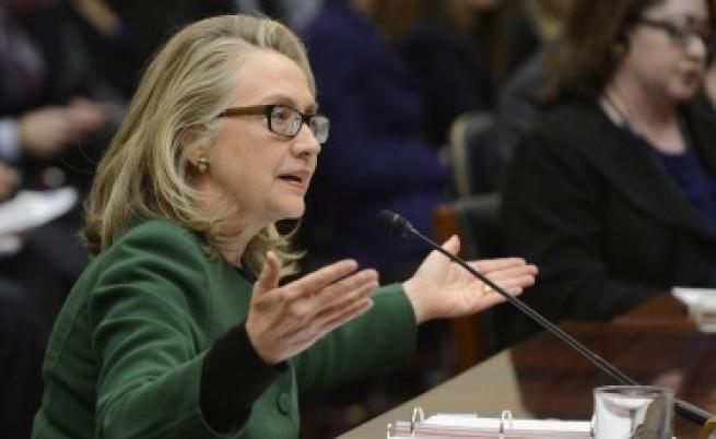 Обама похвали оттеглящата се Хилари Клинтън