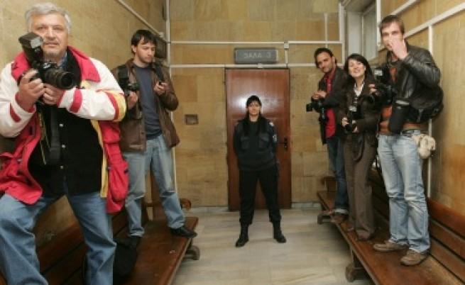 Репортери без граници: България пада с 10 места по свобода на медиите