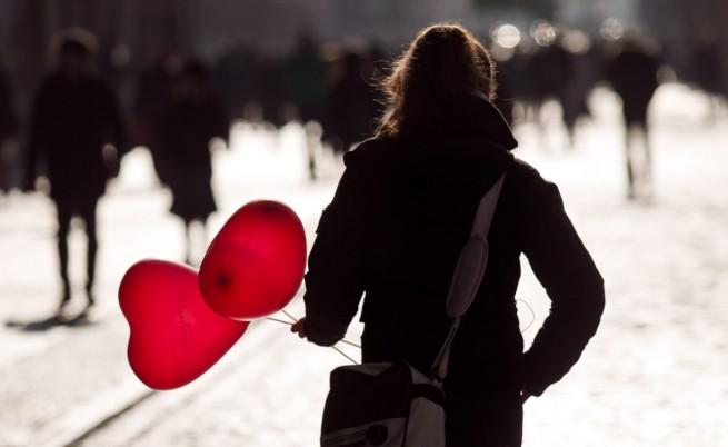 Идея за 14 февруари: Сърце с крилца от листче