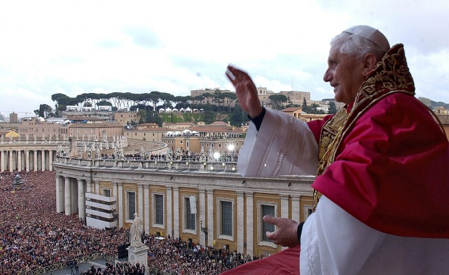 Решението на папа Бенедикт XVI  да се оттегли изненада света