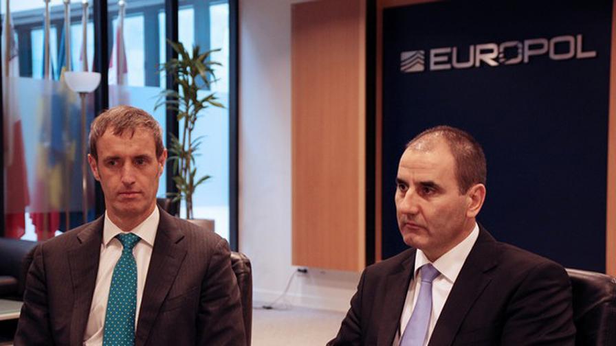 Европол вече разполага с имената на помощниците на атентатора от Бургас