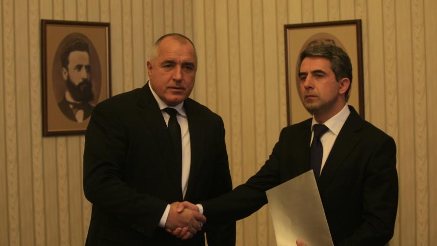 Президентът Росен Плевнелиев и премиерът в оставка Бойко Борисов