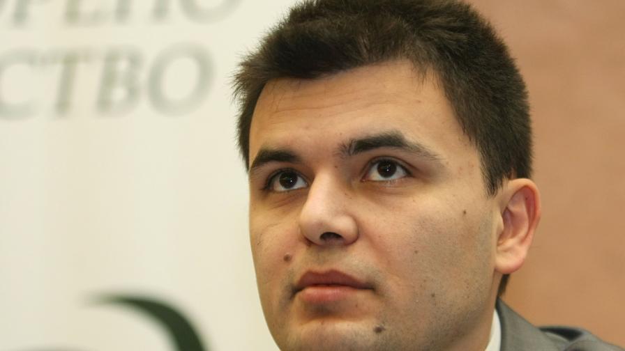 Икономистът Лъчезар Богданов: Намаляването на цената на тока няма да успокои хората