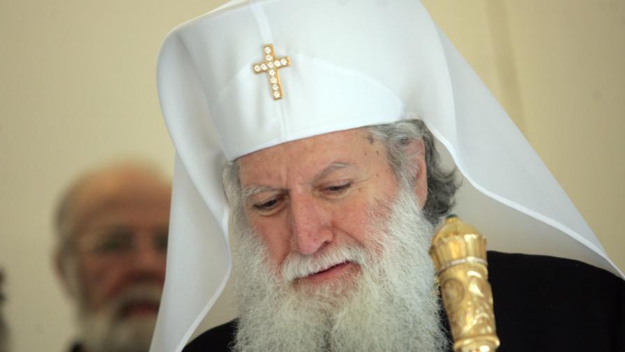 Патриарх Неофит: Защо опяха Пламен