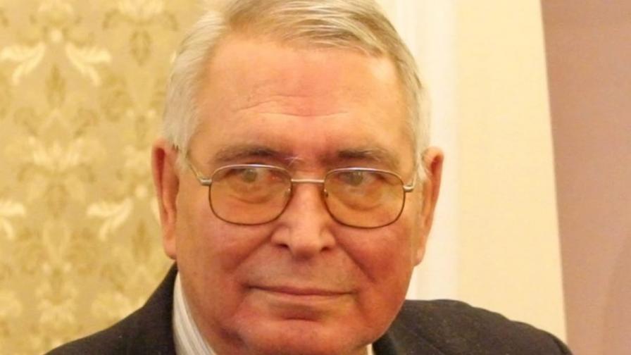 Любен Корнезов и Петър Димитров се оттеглят от политиката