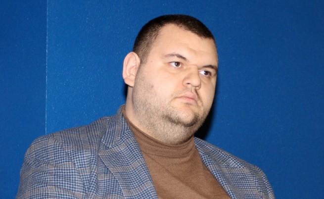 Конституционният съд решава казуса с депутатското място на Делян Пеевски