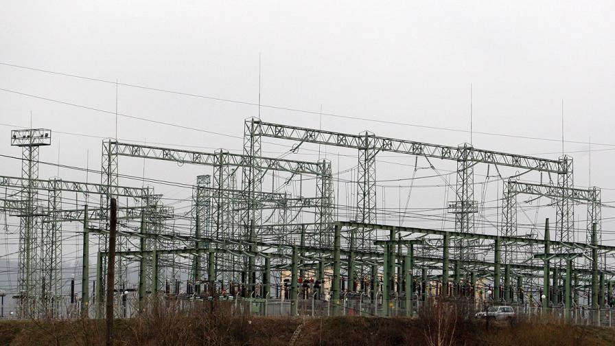 Производството на електричество с 15 спад за февруари