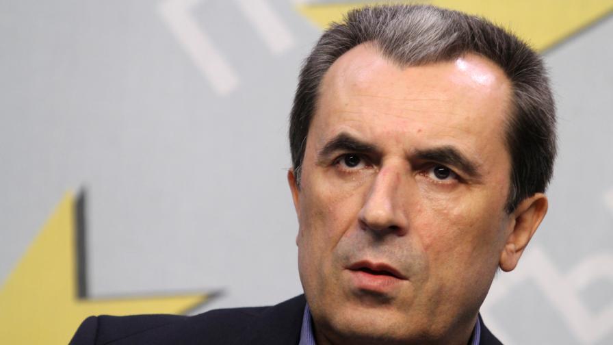 Орешарски: ГЕРБ подслушваха премиeра, какво остава за другите