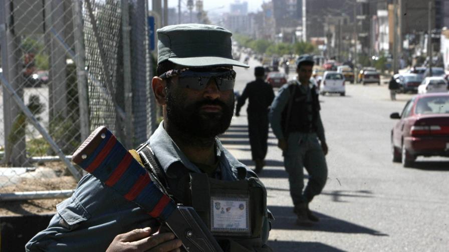 44 души загинаха при нападение на талибани в градски съд