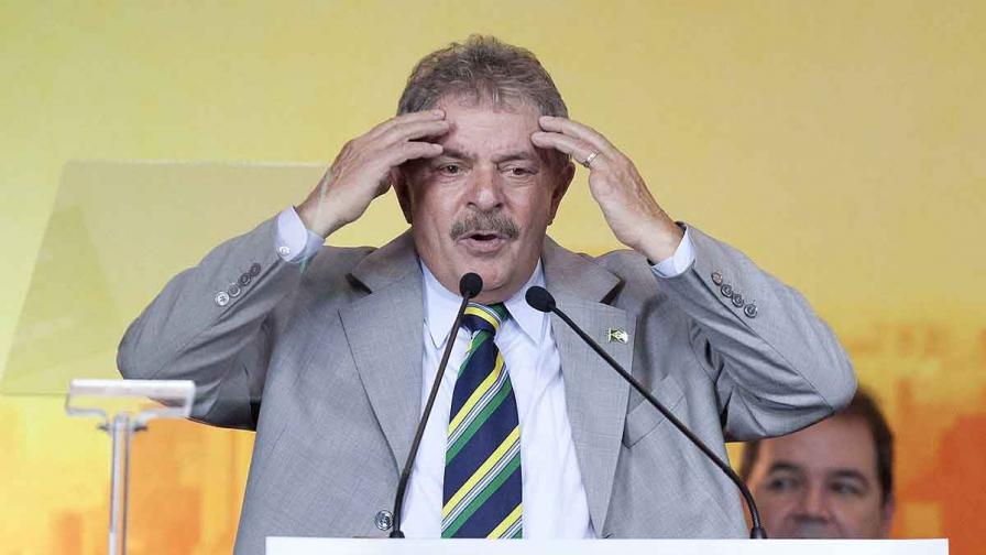 В Бразилия разследват бившия президент Лула да Силва за корупция