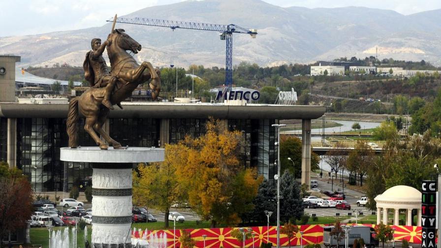 Премиерът Марин Райков за паметниците на българи в Скопие