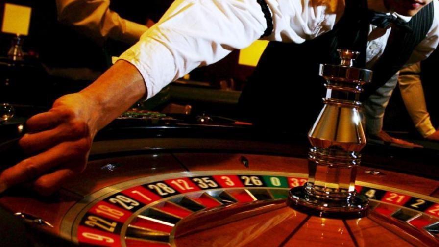 Маскиран извърши въоръжен обир на казино в Русе