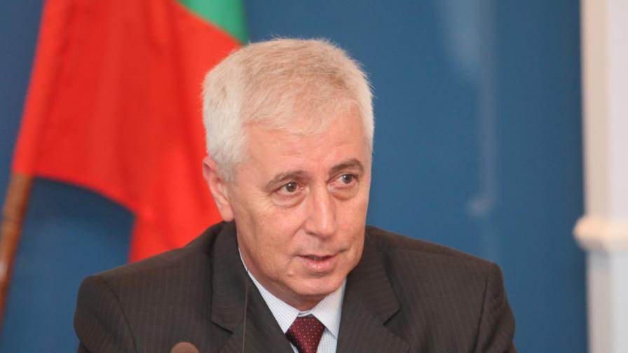 Проф. Николай Петров, министър на здравеопазването в служебното правителство