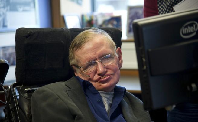 Стивън Хокинг призова човечеството да напусне Земята