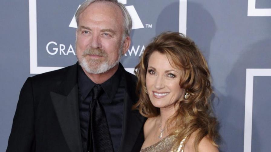 Джейн Сиймур и Джеймс Кийч през февруари 2012 г.