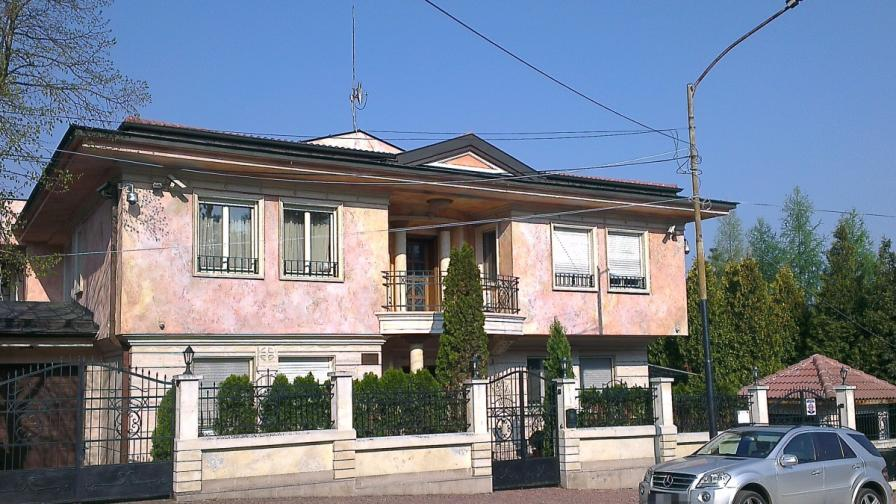 Домът на Евелин Банев-Брендо