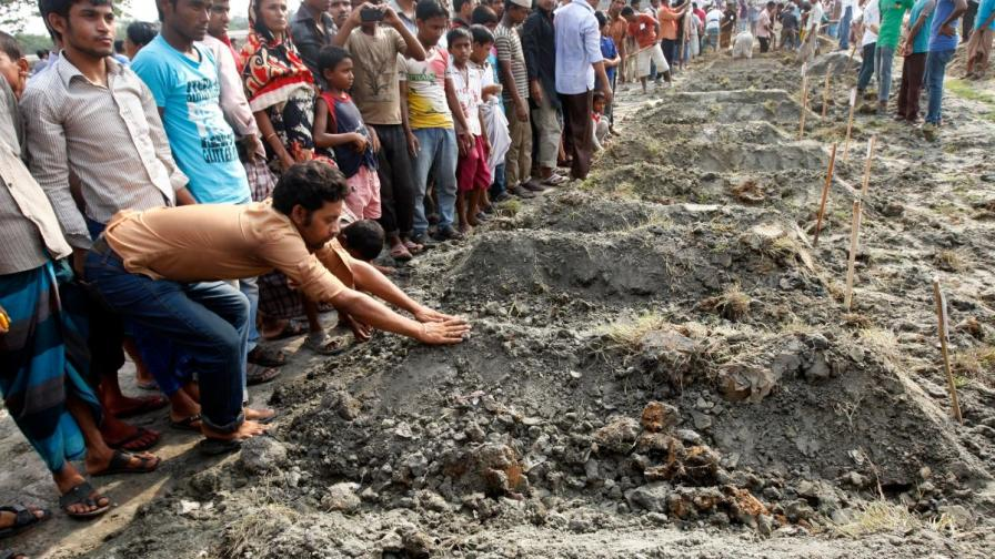 Жертвите в Бангладеш вече са над 500
