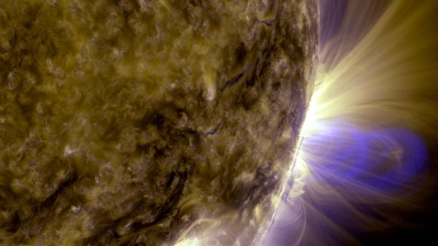 Силно изригване е наблюдавано на Слънцето