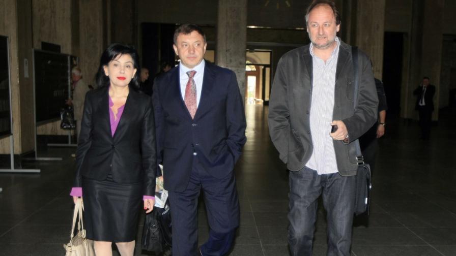 Алексей Петров пристига за заседанието на съда