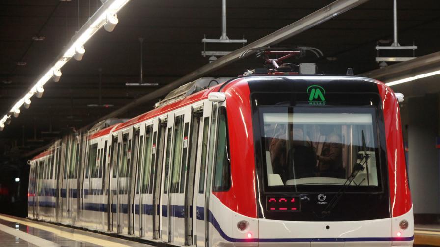 В Прага: Любовна среща в метрото