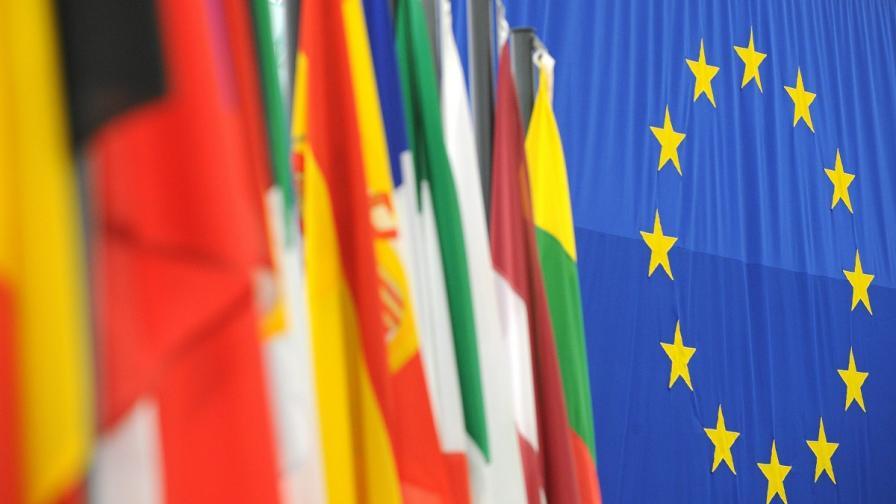 """ЕС обмисля дали да включи """"Хизбула"""" в списъка с терористични организации"""
