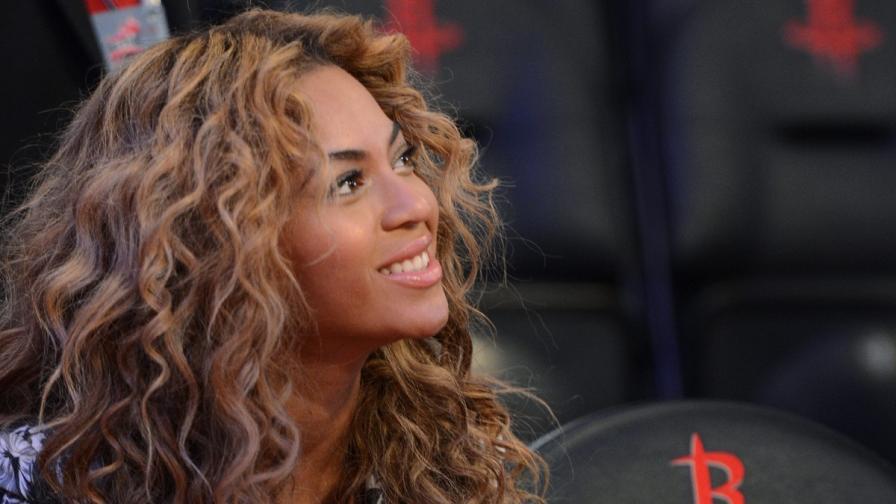 """Бионсе е най-високоплатената изпълнителка в класацията на """"Форбс"""""""