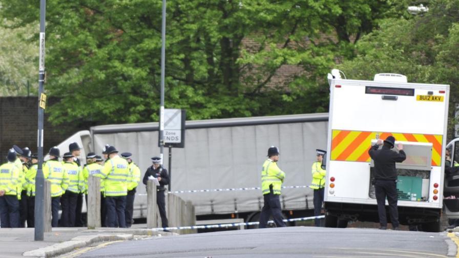 Един човек е убит при терористична атака в Лондон